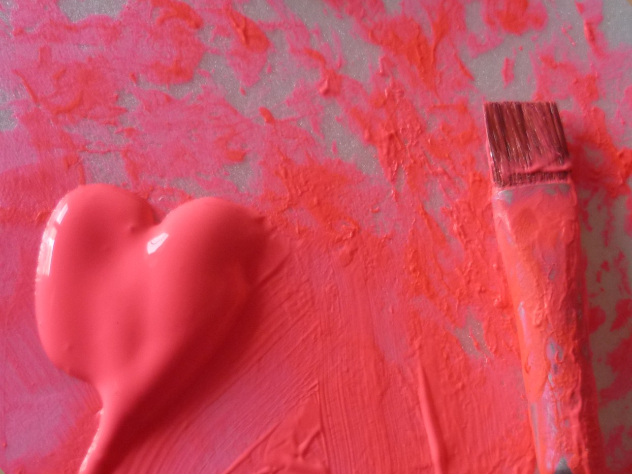 pink-paint-heart